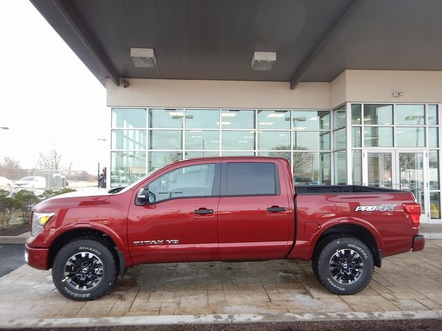 New 2018 Nissan Titan PRO 4X 4D Crew Cab in New Castle T8011